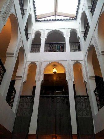 Riad Khabia : the patio