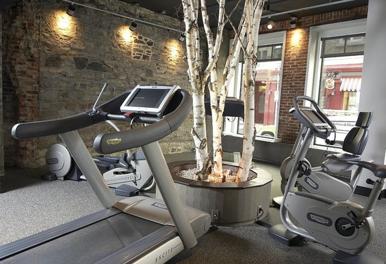 Auberge Saint-Antoine: The Gym