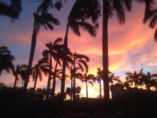Azzurro Ristorante Italiano: sunset in Aruba
