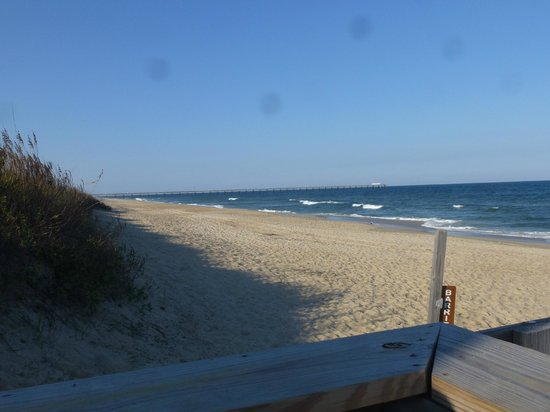 Barrier Island Station - Duck: View of the beach facing north from the landing in front of the Barrier Island Station