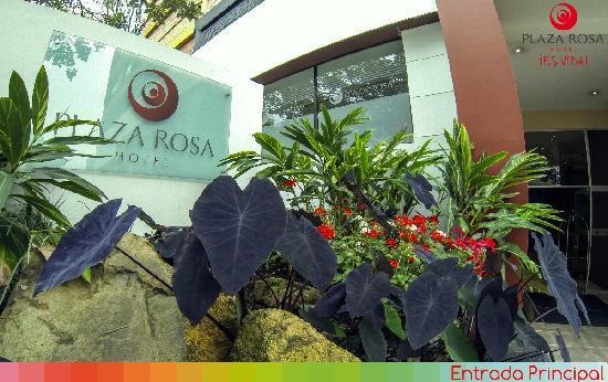 โรงแรมพลาซ่าโรซา