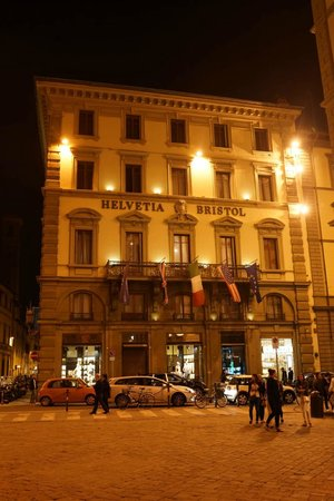 Helvetia & Bristol Hotel : Front view of the hotel
