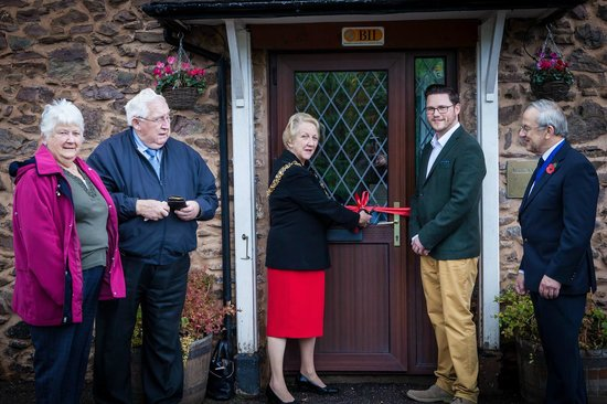 The Rose & Crown Inn: Grand Opening by the Mayor 1/11/13