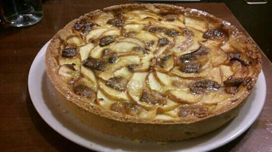 La Trattoria Napoletana: torta di mele e cioccolato bianco