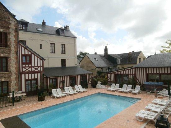 Hotel l'Ecrin : piscina