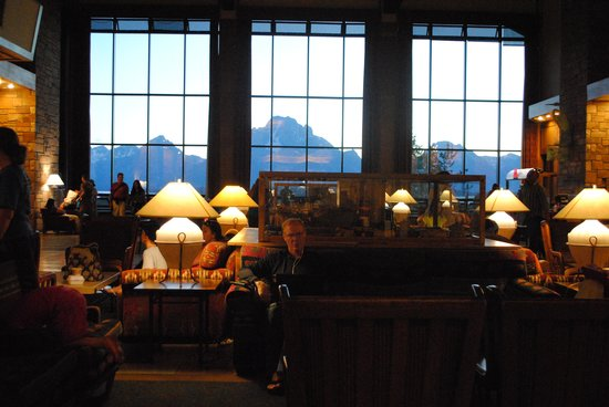 Jackson Lake Lodge : Холл с панорамным видом