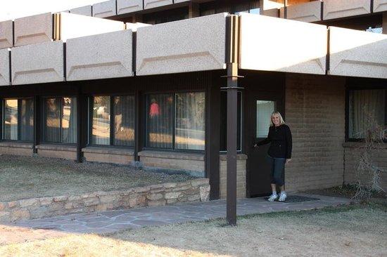 Thunderbird Lodge: Bathroom in # 6211- Handicap Room