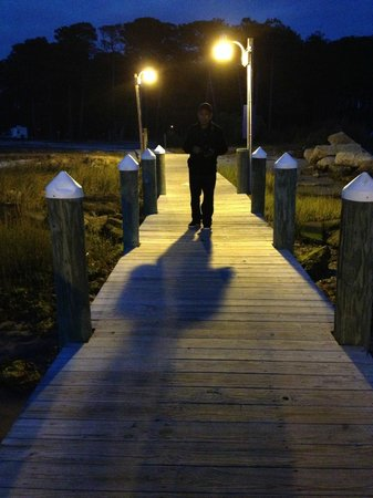 Cherrystone Family Camping Resort: Loved the pier at night.