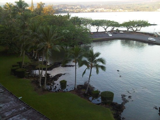 Castle Hilo Hawaiian Hotel: View from our 6th floor patio