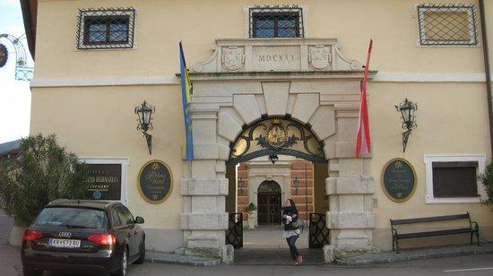 Hotel Schloss Dürnstein: puerta de entrada