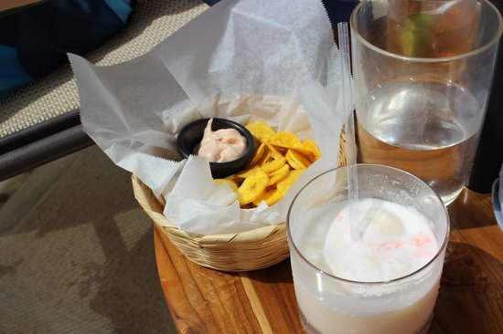 The Phoenix Resort : complimentary poolside snacks - plantain chips