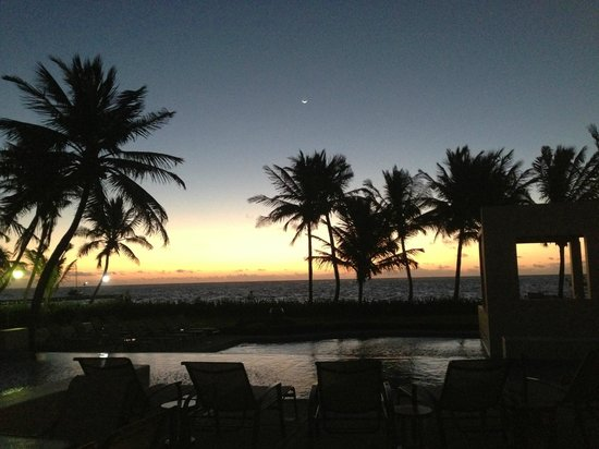 The Phoenix Resort : 5am sunset