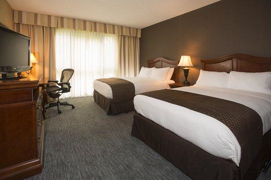 DoubleTree by Hilton Hotel Detroit - Novi: Jr. Double Suite