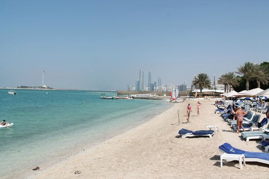Radisson Blu Hotel Resort Abu Dhabi Corniche A View Of The Beach
