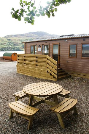 Loch Ness Highland Lodges: Picnic areas provided!