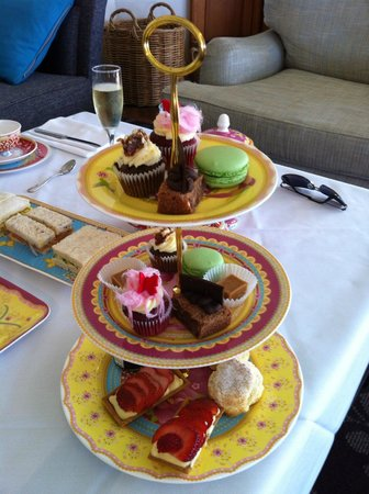 Anchorage Port Stephens: High Tea