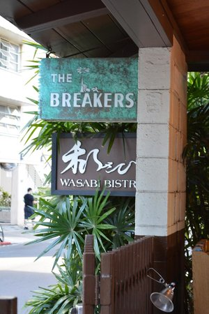 Breakers Hotel: Signage at 250 Beachwalk