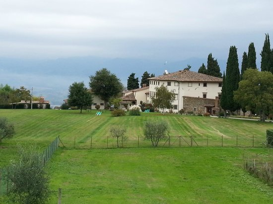 Villa Campestri Olive Oil Resort: View of the main house