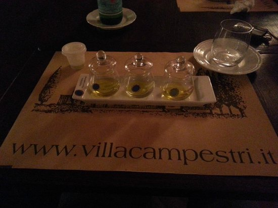 Villa Campestri Olive Oil Resort: Olive oil tasting