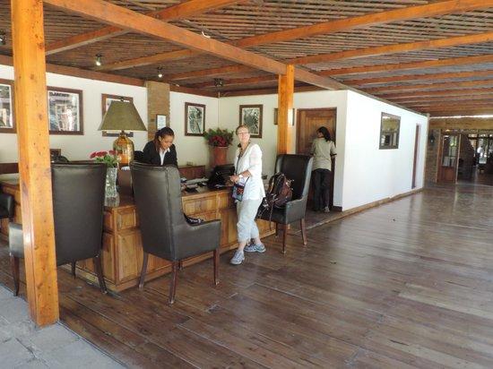 Arusha Coffee Lodge : Reception area