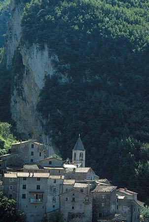 Equi Terme, Italy: Il borgo