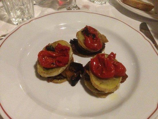 Osteria del Vicolo Fatato: Tanti verdure molto fresca
