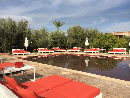 Murano Resort Marrakech: transats vides… de monde