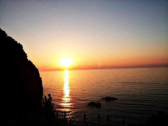 Mayor La Grotta Verde Grand Resort : Sunset