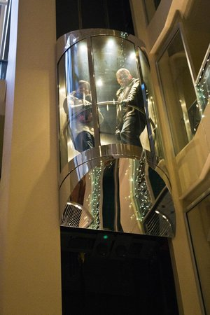 Radisson Blu Ridzene Hotel: Лифт в отеле