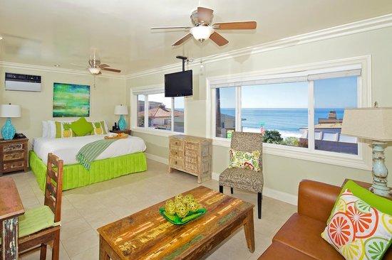 Ocean Palms Beach Resort: Luxury Ocean View Suite