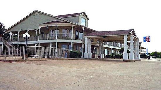 Motel 6 Waxahachie: Exterior