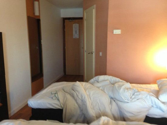 Ibis Tanger City Center : Room (squashed)