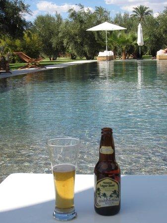 Hotel Les Cinq Djellabas : Enjoying the pool