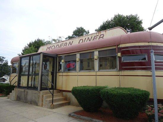 Modern Diner, Pawtucket RI - 08-18-2013