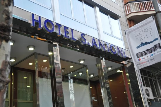 Hotel Sant Antoni: Hotel St. Antoni Entrance