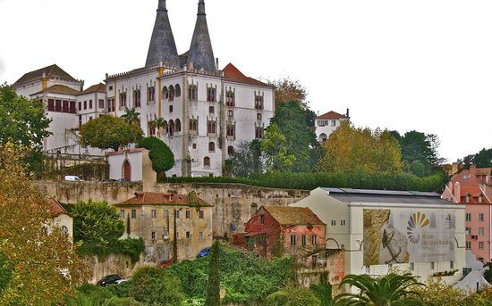 Lisbon Guided Tours: Sintra, Portugal Palace