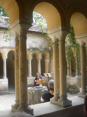Iford Manor: The Peto Garden: The Cloisters at Iford