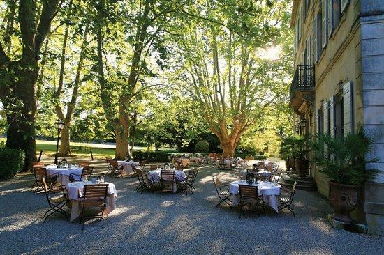 Le Chateau des Alpilles Restaurant : La terrasse