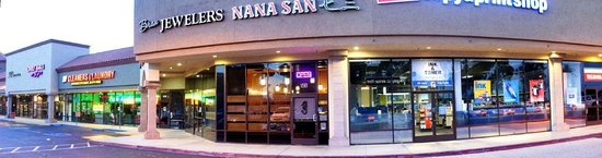 nana san : A gem of delicious eating sandwiched into a nothing special shopping center--right off Hghwy 73