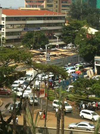 Sankara Nairobi: showing traffic during rush hour