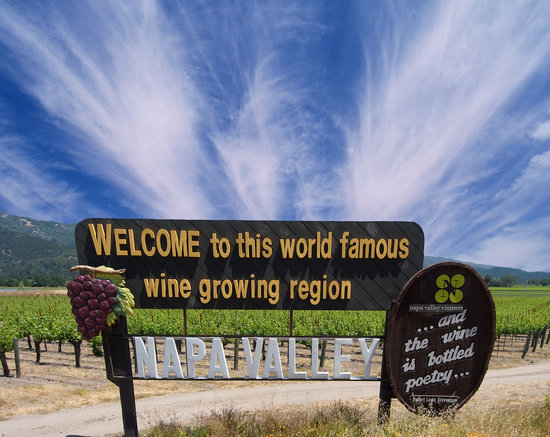 Napa Valley Welcome Sign. Photo copyright Charles O'Rear, all rights reserved