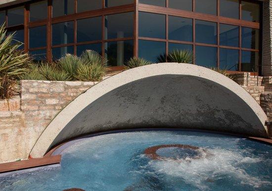Lefay Resort & Spa Lago di Garda: Giant whirlpool!
