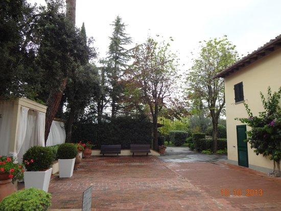 Villa I Barronci: Jardim 2