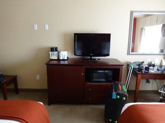 Holiday Inn Express Hotel & Suites Los Angeles Airport Hawthorne: escritorio amplio
