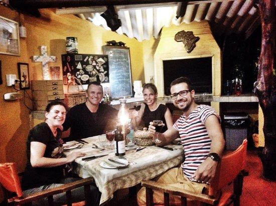 Trees Too Guest Lodge : Schöner Abend mit Steaks, Meatballs, Lamm und jeder Menge Rotwein! :-D
