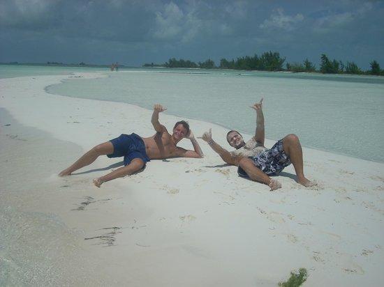 Coral Beach: Paradise Sand