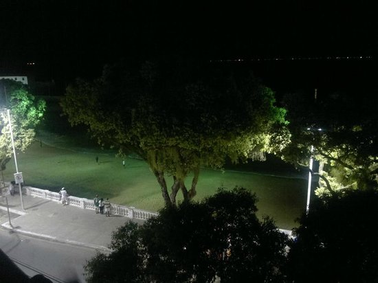 Vista do Terraço a noite no Village Novo