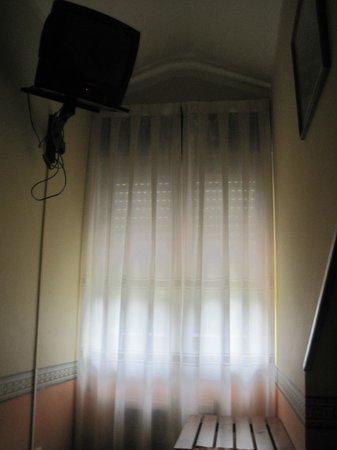 Molino del Partidor: super tele :) y ventana