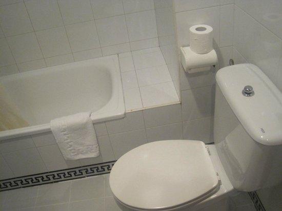 Molino del Partidor: bañera y wc