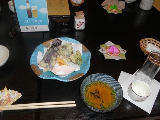 ajisai cafe: So many tasty treats!